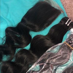 3 24 inch body wave bundles + a 20 inch closure